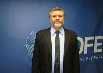 Em entrevista ao Jornal do Commercio, presidente do Cofecon analisou a conjuntura econômica