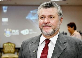 Em entrevista à Folha de S.Paulo, presidente do Cofecon comentou microcrédito