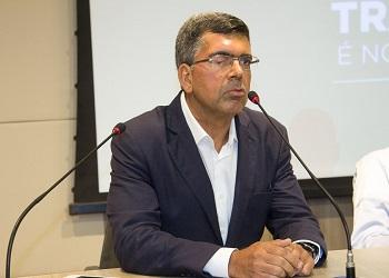 Em entrevista ao Diário do Nordeste, conselheiro afirma que será difícil reanimar a economia do país