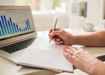 Como proteger e crescer o caixa de sua empresa: gestão de fluxo de caixa na prática